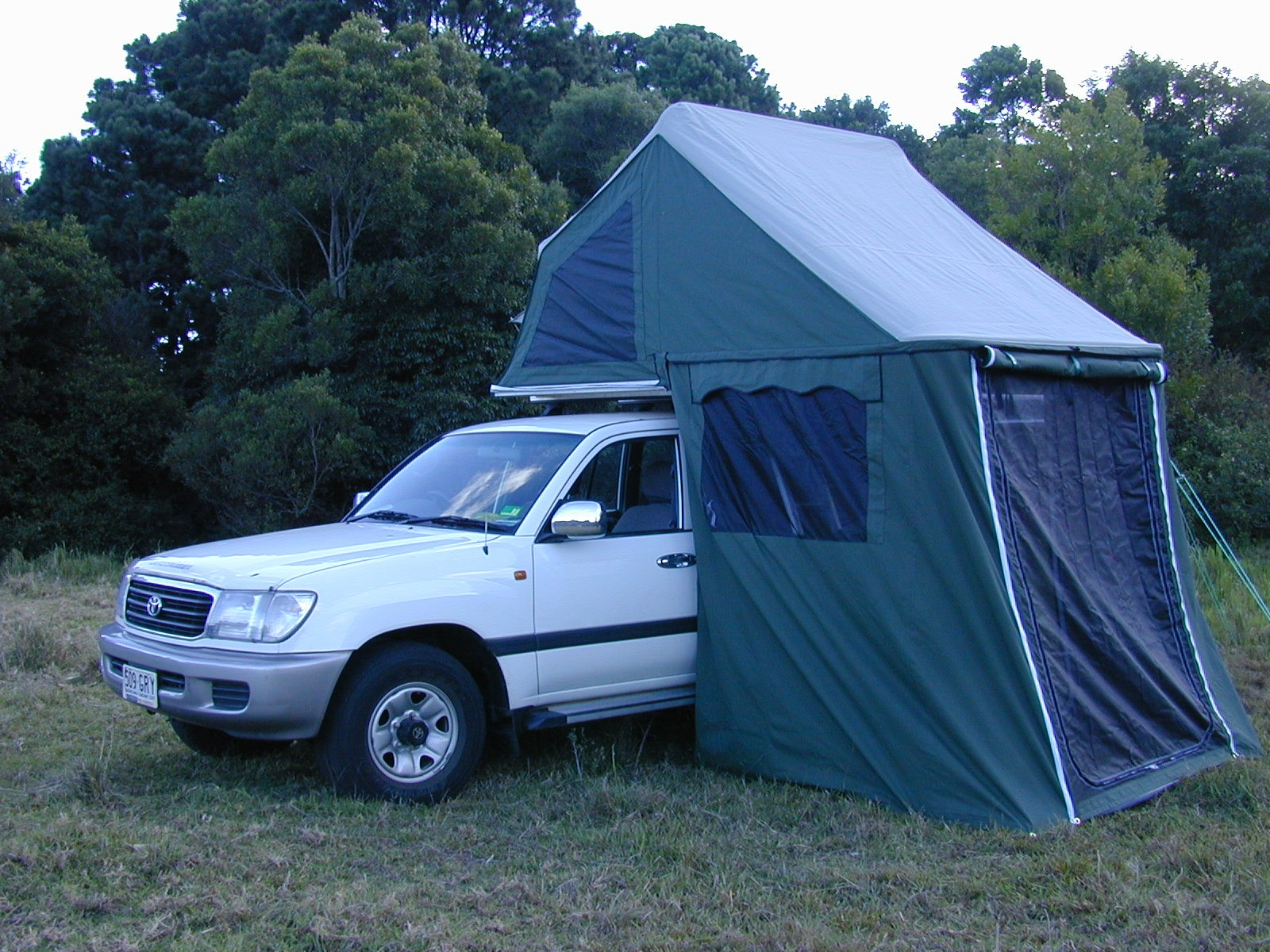 Mobile Room Roof-top Tent- Deluxe & Jeffs Shed - Mobile Room Roof-top Tent- Deluxe - Aussie Traveller ...